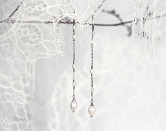635_Silver earrings, Dangle earrings, Pearl earrings, Long earrings, Dangly earrings, Pearl jewelry, Bridesmaid earrings, Bridesmaid gift.
