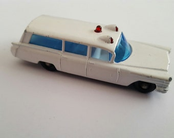 Vintage Matchbox Series No 54 b1 S&S Cadillac Ambulance Made in England by Lesney Condition 8