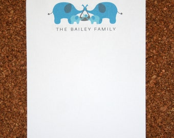 Set of 4 Personalized Notepads  with Elephants / Customized with Family Name / Custom Note Pad / Elephant Family
