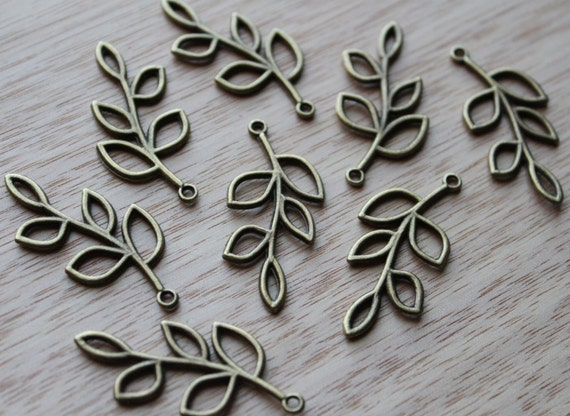 Jewelry Supplies- 2 pieces. 20mm Antique Bronze Lovely Filigree Tree Five Leaves Leaf Charm Pendant  - Little Laser Lab