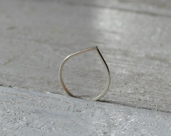 Sterling silver tear drop ring geometric and minimalist - AME D'ARGENT