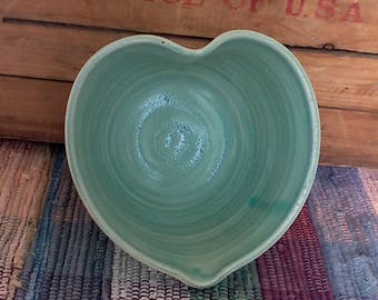 Handmade Seafoam green ceramic heart bowl - 6 inches - pottery snack dish - small serving bowl - entertaining - green pottery bowl - 612