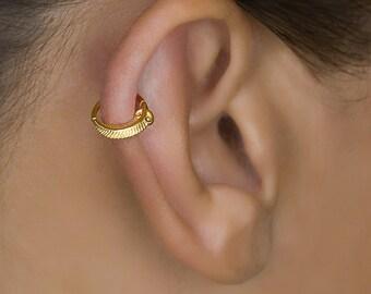 Gold Cartilage Earring. Tragus Earring. Tiny Feather Earring. Small Hoop Earrings. Helix Jewelry. Helix Hoop