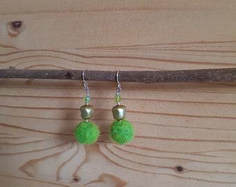 Earrings green felted wool