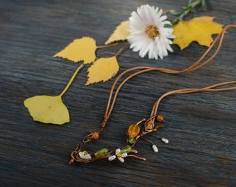 Small delicate carnelian floral choker, Twig necklace, Summer trend jewelry, one of a kind choker unique gift for her to birthday