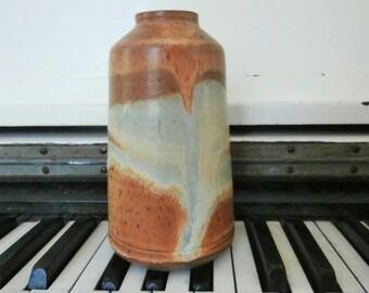 """Modern, Studio Pottery, Wheel Thrown, Stoneware Vase, Oatmeal/White Glaze, 6"""""""