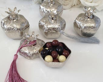 Wedding favors for guests, Pomegranate box, Wedding favor box, Engagement party gift box,  Gold silver mementos box, Bridal shower favors