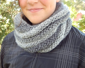 Hand Knit Cowl Infinity Scarf, BOSSO - THUNDER Gray Wool Ribbed Neckwarmer (978 979)