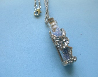 """Vintage iridized fairy dust in a jar pendant necklace silver tone 24"""" chain no markings"""