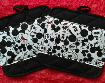 Disney Kitchen Pot Holders - Hot Pads - Mickey Mouse
