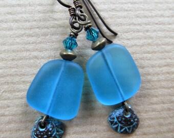 Ocean Blue Seashell Glass and Shell Beaded Niobium Earrings - Tropical Dreams