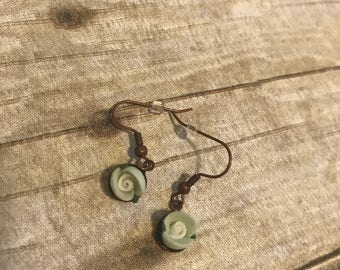 Green and white clay flower earrings