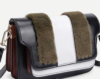 Crossbody bag with faux fur