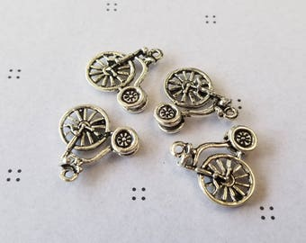 Antiqued silver Bicycle charms (4)