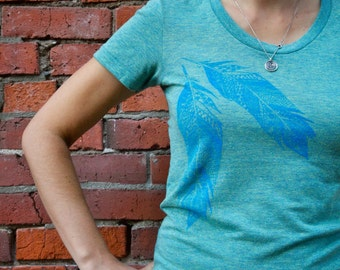 Pattern Summer Feather Tee Women's