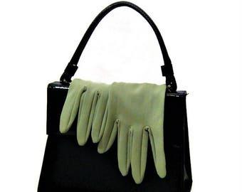 60s Green Gloves, Moss Green Gloves, Short Gloves, Soft Green, 1960s Classic Glove, Size 6.5 Gloves, Short Green  Gloves, Green Dress Gloves
