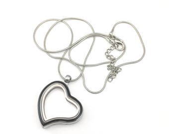 1 heart locket with snake chainfor floating charms,35mm MIN CH 025