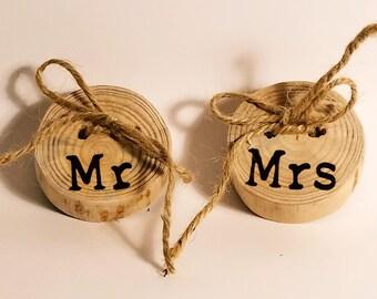 Wood slice Rustic ring Bearer pillows mr mrs ~ Rustic Wedding Ring bearer Pillow ~ Reclaimed pine pillows ~ Woodland wedding ring bearer