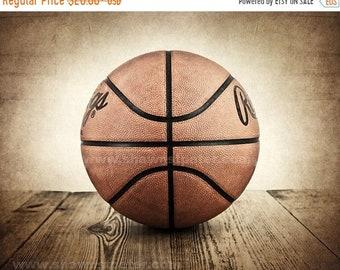 FLASH SALE til MIDNIGHT Vintage Basketball on Barnwood Photo Print , Decorating Ideas, Wall Decor, Wall Art,  Kids Room, Nursery Ideas, Gift