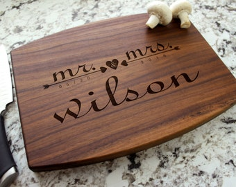 Personalized Cutting Board - Engraved Cutting Board, Custom Cutting Board, Wedding Gift, Engagement Gift, Anniversary Gift W-021 GB