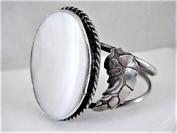 Native American Sterling Cuff, Mother of Pearl Stone, Vintage Old Pawn Bracelet, Comfortable to Wear