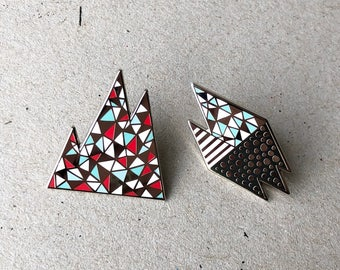 Set of 2 Mountain pins / Enamel pin / Christmas Stocking / mountain enamel pin / geometric enamel pin / lapel pin / nature enamel pin