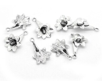 6 Petunia flowers in antique silver charms