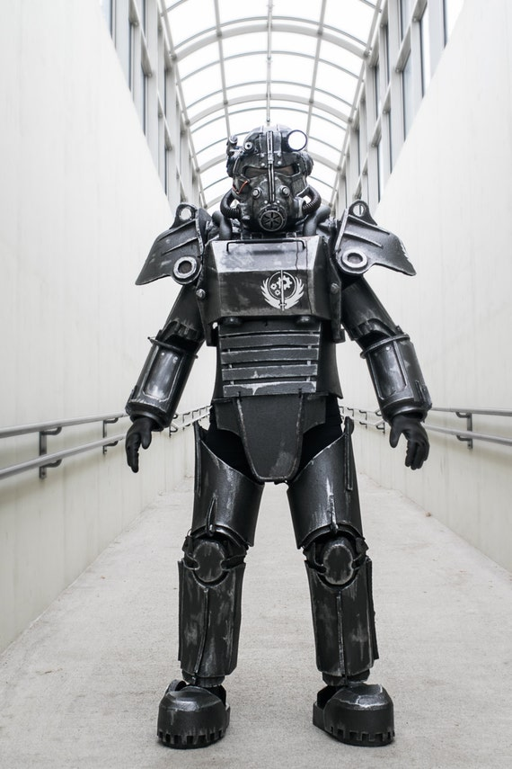 & Fallout Style T45D Power Armor Costume