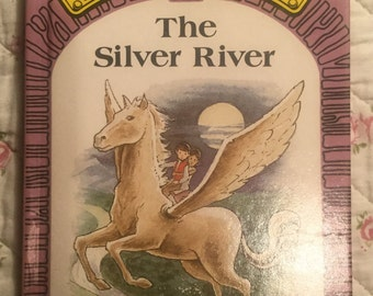 Puddle Lane Ladybird book - The Silver River