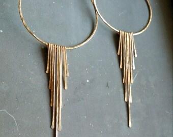 Gold fringe hoop earrings, boho fringe hoops, hammered fringe earrings, gold wire hoop earrings, hammered hoop earrings, long gold dangles