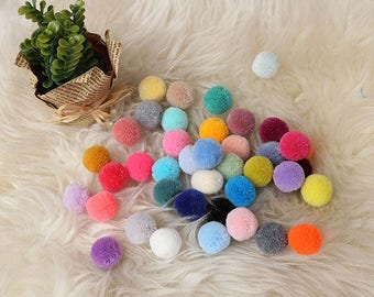 2cm Pompoms in your choice of colors-Yarn pom pom-Colorful Handmade Pom Pom- Wholesale Pom Pom-Party Decor-Craftt Supplies-RIBBONNKIDS