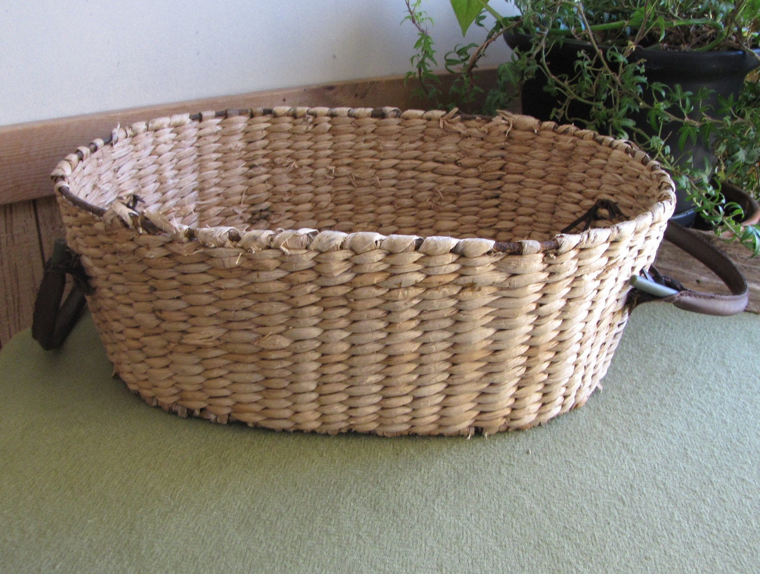 Vintage Oval Straw Basket Garden Trug With Leather Handles Iron Framed