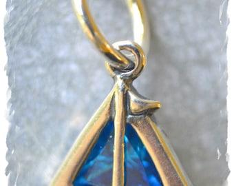 Sailboat stitch marker / sterling silver / knitting marker / ring marker / round marker / pendant / knitting jewelry