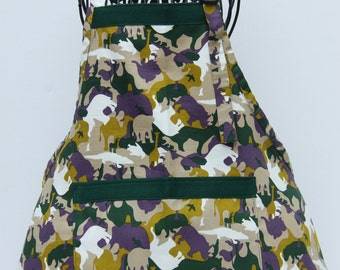 On Safari boys apron in green