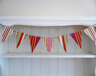 Wooden Bunting-Deck Chair Stripe-Hand Painted-Red-Orange-White-Reversible Bunting-Beach Hut Decor-Nursery Decor-Gift for Her-Gift for Teens