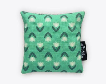 White Tulip Pattern Lavender Bag in Mint