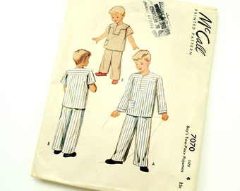 Vintage 1940s Boys Size 4 Two Piece Pajamas McCalls Sewing Pattern 7070 Missing Fly Facing / chest 23 waist 21