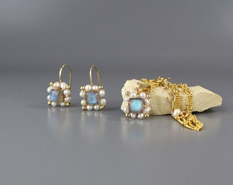 Labradorite Pearl Bridal Set, Necklace and Earrings Wedding Set, Victoria Jewelry Set, Pearl Bridal Necklace, Pearl Earrings, Bridal Jewelry