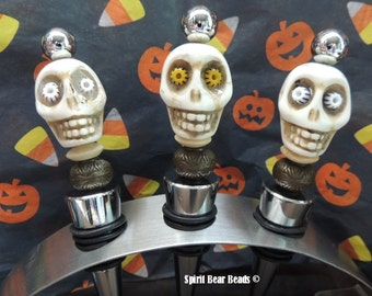 Wine stopper Zombie Ghoul Skull  Beady eyes Dia De Muertos Day of the Dead Halloween Gift