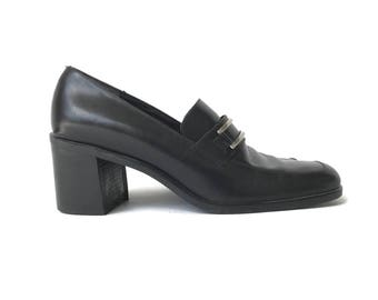Black Leather Chunky Block Heel Loafers Size 8  Narrow