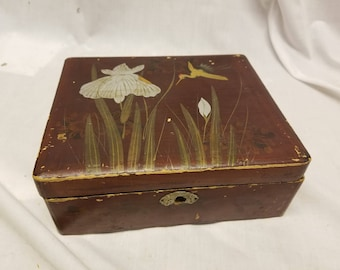 vintage hand painted box Jewelry box