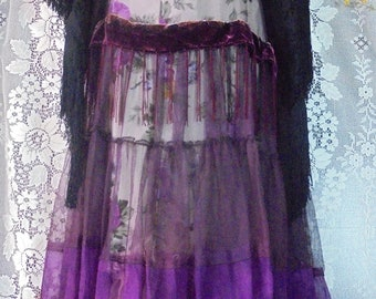 Purple floral dress  lace  tulle crinoline  boho wedding  vintage  bride outdoor  romantic small by vintage opulence on Etsy