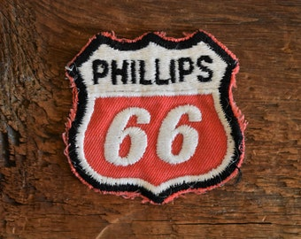 """Embroidered 1970s Vintage Phillips 66 Shield Patch 2.5"""""""