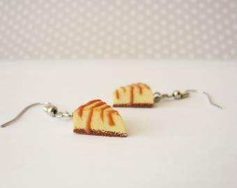 Grout cheesecake earrings caramel