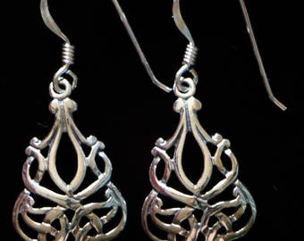 Celtic Design Sterling Silver Earrings, handmade and only contains 925 silver, without nickel