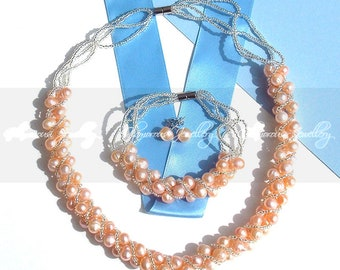Natural Freshwater Pearl Necklace, Bracelet and matching Earrings