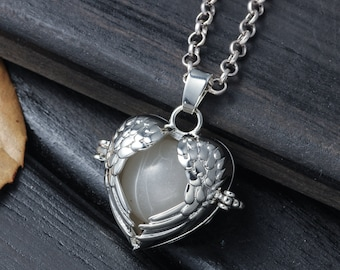 Retro Charm Wings Heart Harmony Ball Carved Jewelry Pregnancy Gift For Mother-to-be Angel Caller Glowing Pendant Necklace Chime Jewelry Gift