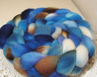 Top roving kettle dyed 56s, 29 micron soft wool top for spinning and felting OAK Blissful 4.4 oz.