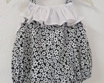 Bubbles baby clothes - bubbles baby romper // Baby bubble // baby romper // baby shortal //rompers floral // bubbles baby  clothing.
