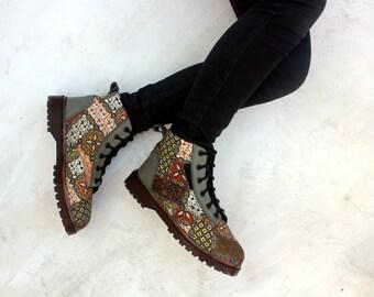 women shoes 7 women / EU 38 brown batik fabric green leather handmade Rangkayo Sneakers